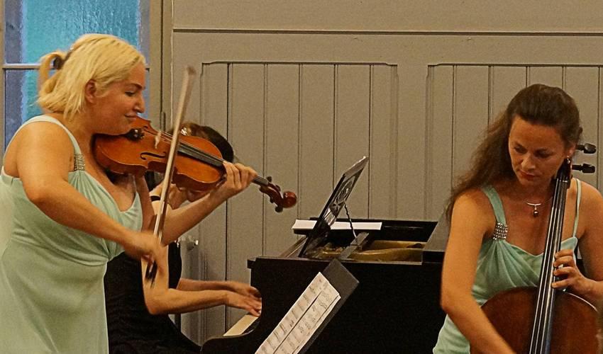 Eine kleine Nachtmusik - aber nicht nur Mozart sondern ...