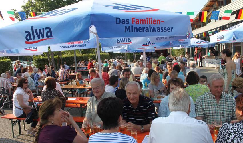 Ein geselliges Miteinander mit italienischen Spezialitäten verspricht das Partnerschaftsfest am kommenden Samstag. Foto: Zachmann