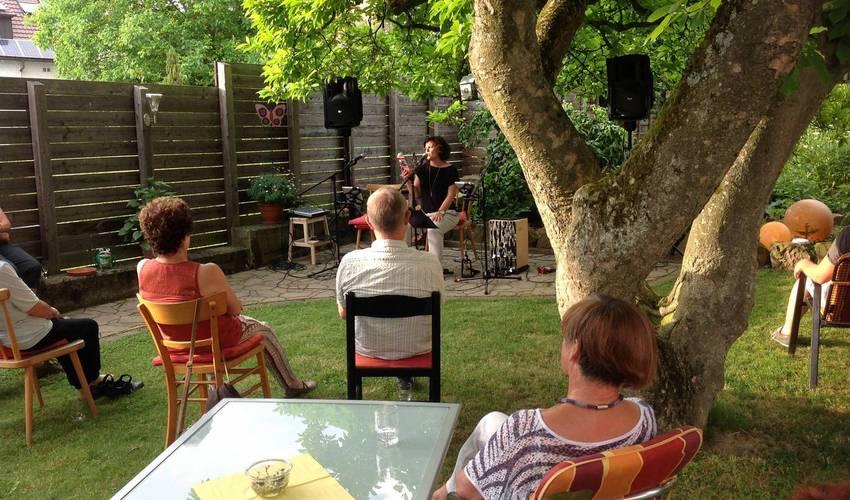 Tanja Roser liest Michael Heatley (Foto: Barbara Casper)
